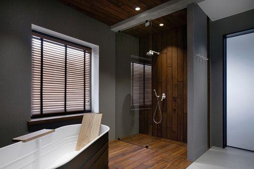 Pārkāpjot ierastā robežas: modernas tendences vannasistabas dizainā 7