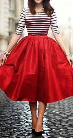 Viena no 2016.gada pavasara modes tendencēm apģērbā – platas līnijas 12