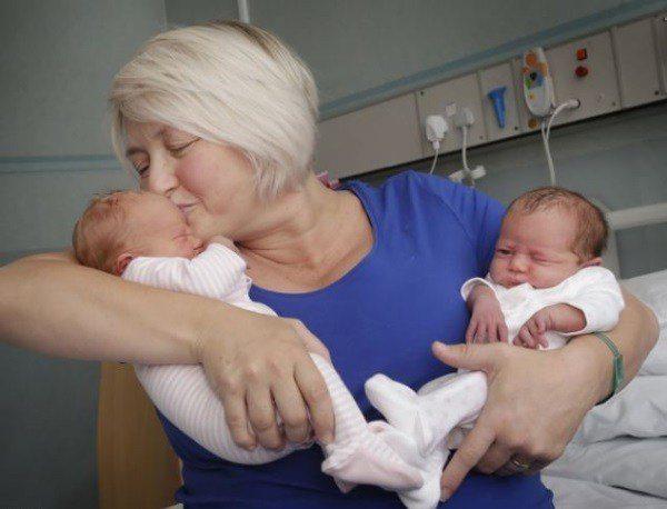 Šī sieviete kļuva par māti diviem dvīņu pāriem. Bet pēc 12 gadiem viņu gaidīja jauns pārsteigums! 1