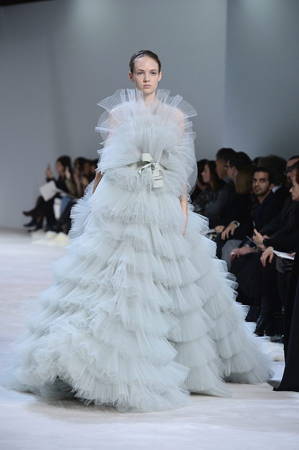 Augstās modes (The Haute Couture) šovi Parīzē 29