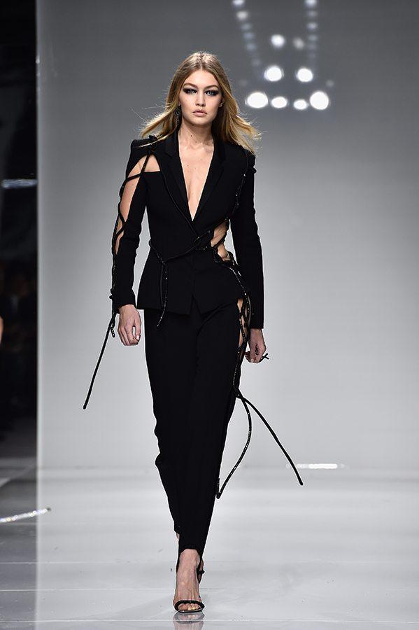 Augstās modes (The Haute Couture) šovi Parīzē 32
