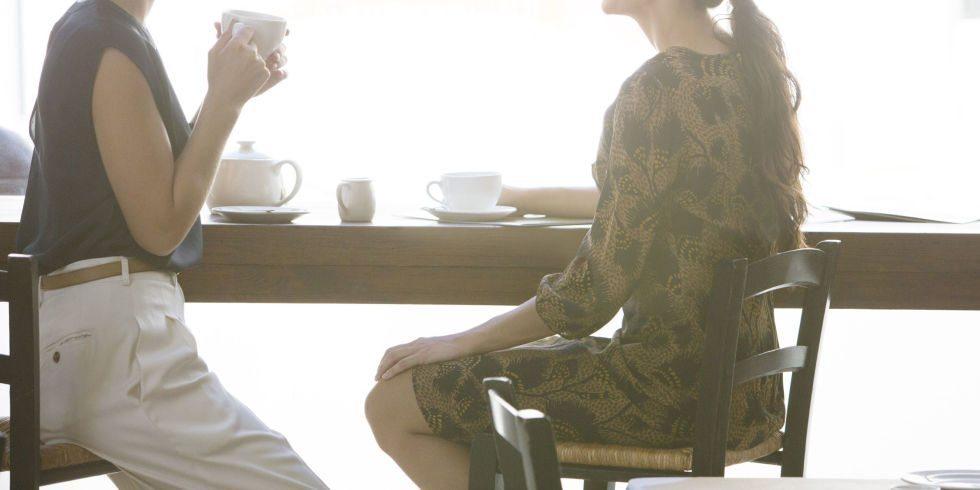 1454078826-landscape-1454019749-women-meeting-cafe