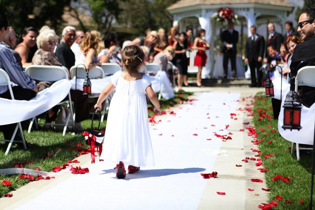 Flower-girl-walking-down-the-aisle
