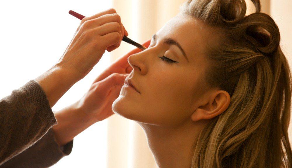 Makeup-1000x576
