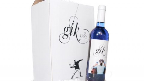 Sarkanvīns, baltvīns, rosē un tagad arī zilais vīns
