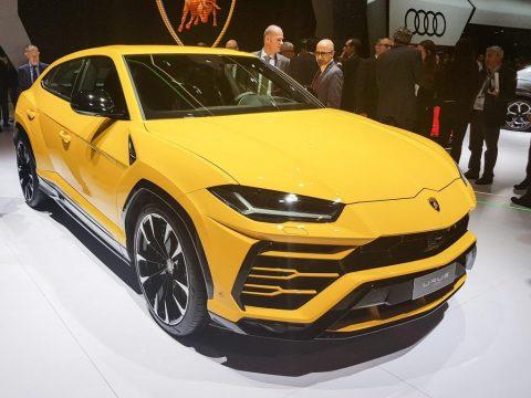 """Jau 20 reizi notiek konkurss """"Latvijas Gada auto""""; dalībnieku vidū arī """"Lamborghini Urus"""""""