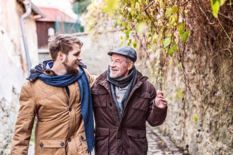 Tēvu un pieaugušo dēlu attiecības – 10 ieteikumi, kā pavadīt laiku kopā