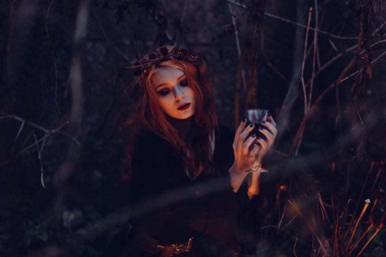 Pazīmes, kuras liecina, ka iepriekšējā dzīvē tu esi bijusi ragana